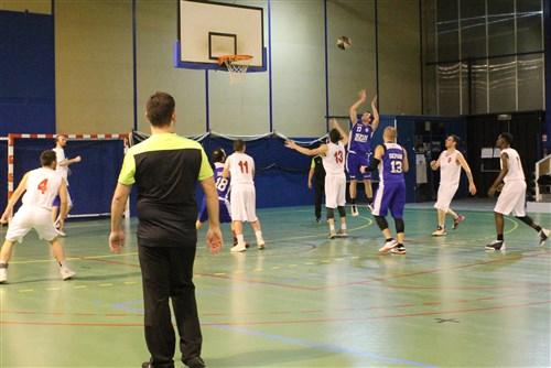 Les seniors garçons de Moret l'emportent sur la CTC Alliance Basket Sud77.