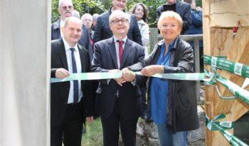 L'inauguration de la reconstruction d'un lavoir de Villecerf.